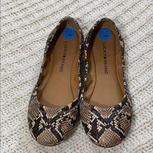 Lucky Brand Snake Print Flats Size 71/2 Women's